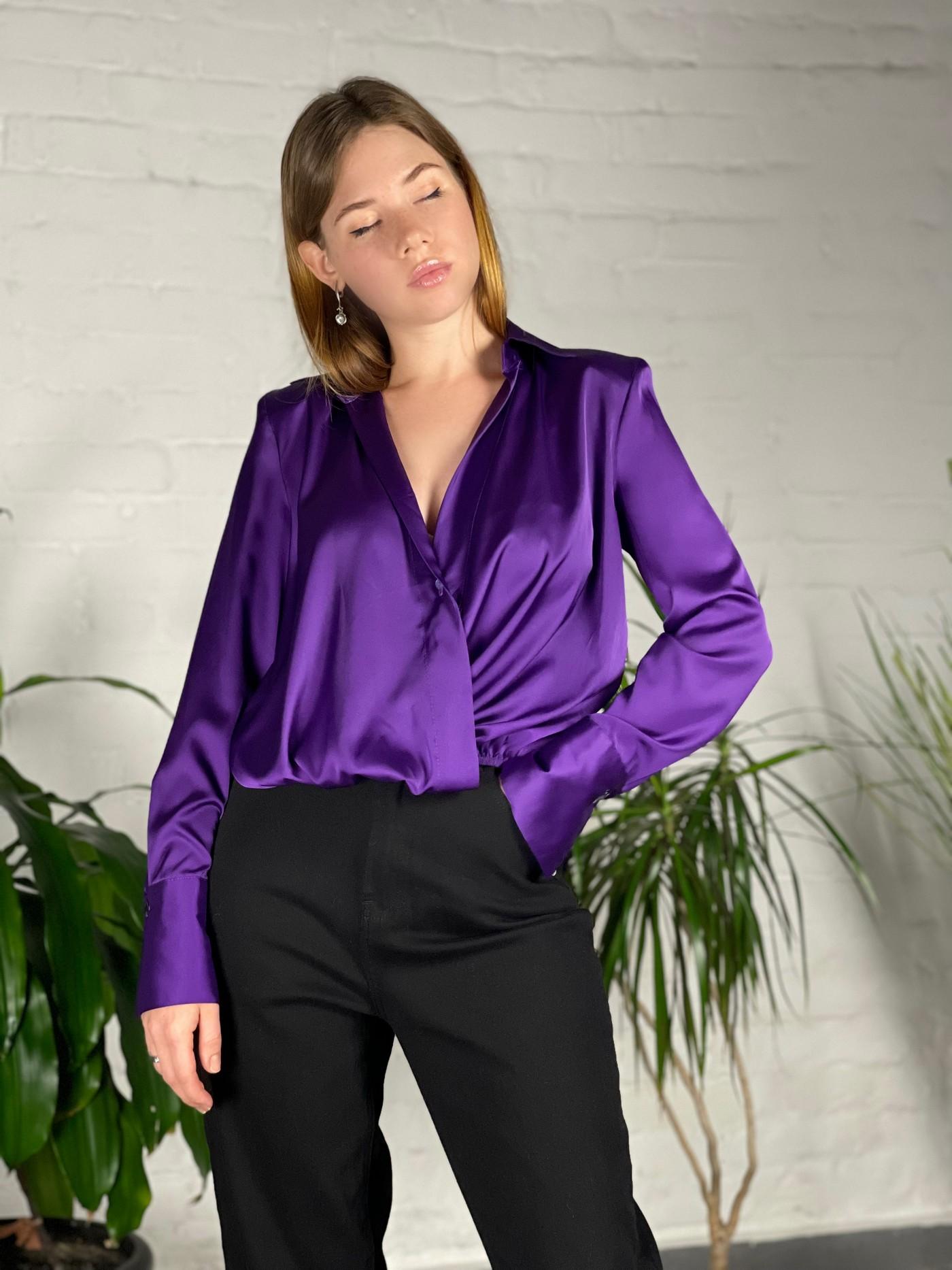 Атласна блуза Vicolo. Ми впевнені, Ви будете в захвоті.