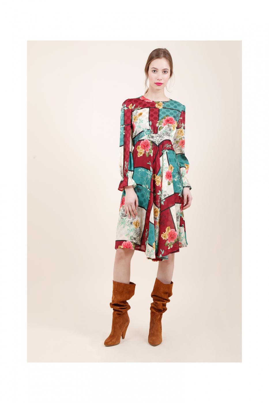 Яркое платье итальянского бренда Dixie
