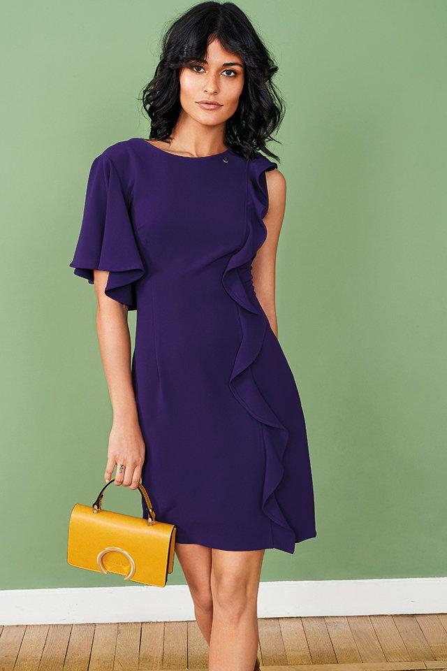 Платье с оссиметричными рукавами Rinascimento