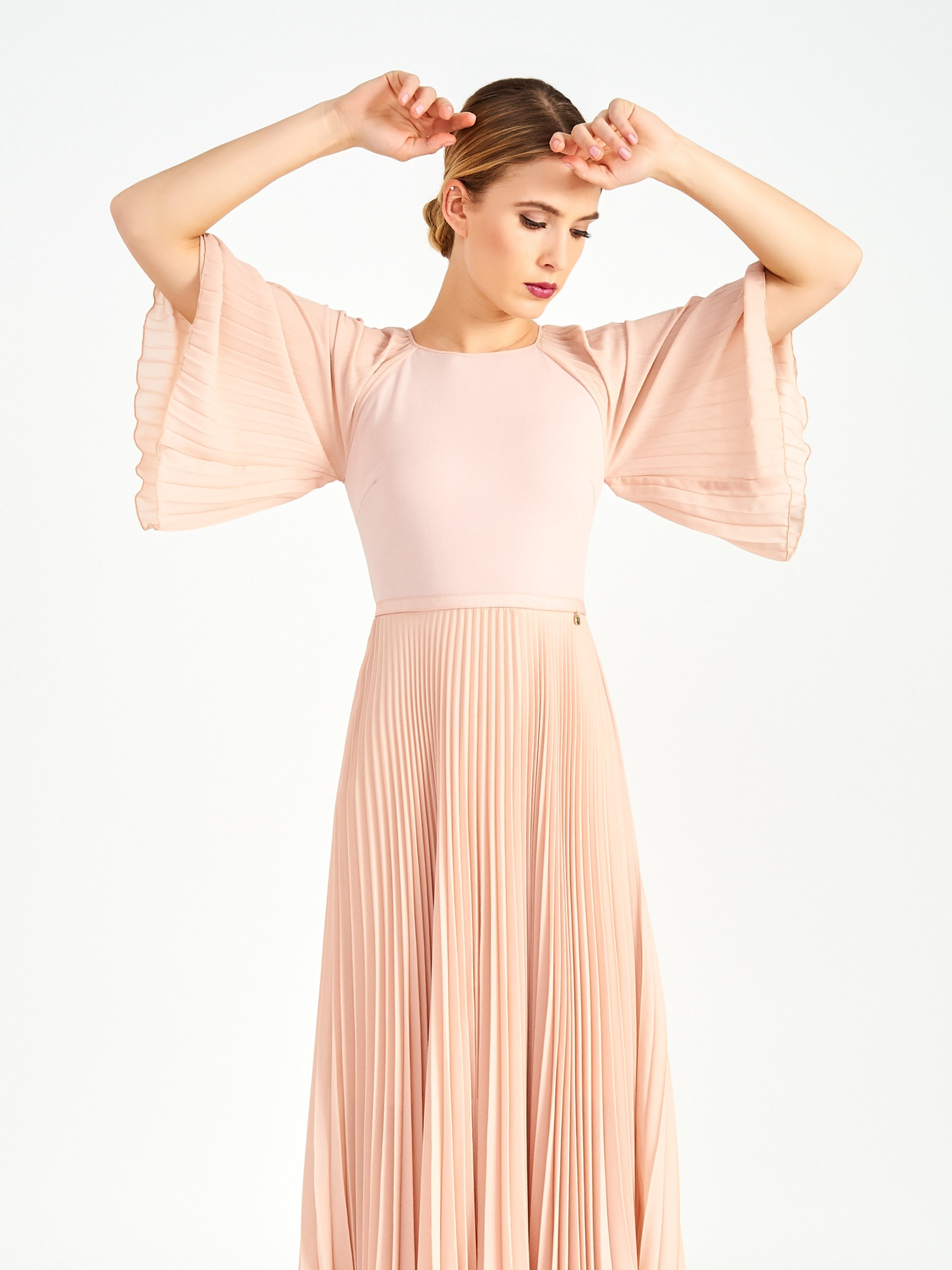 Стильное платье итальянского бренда Rinascimento