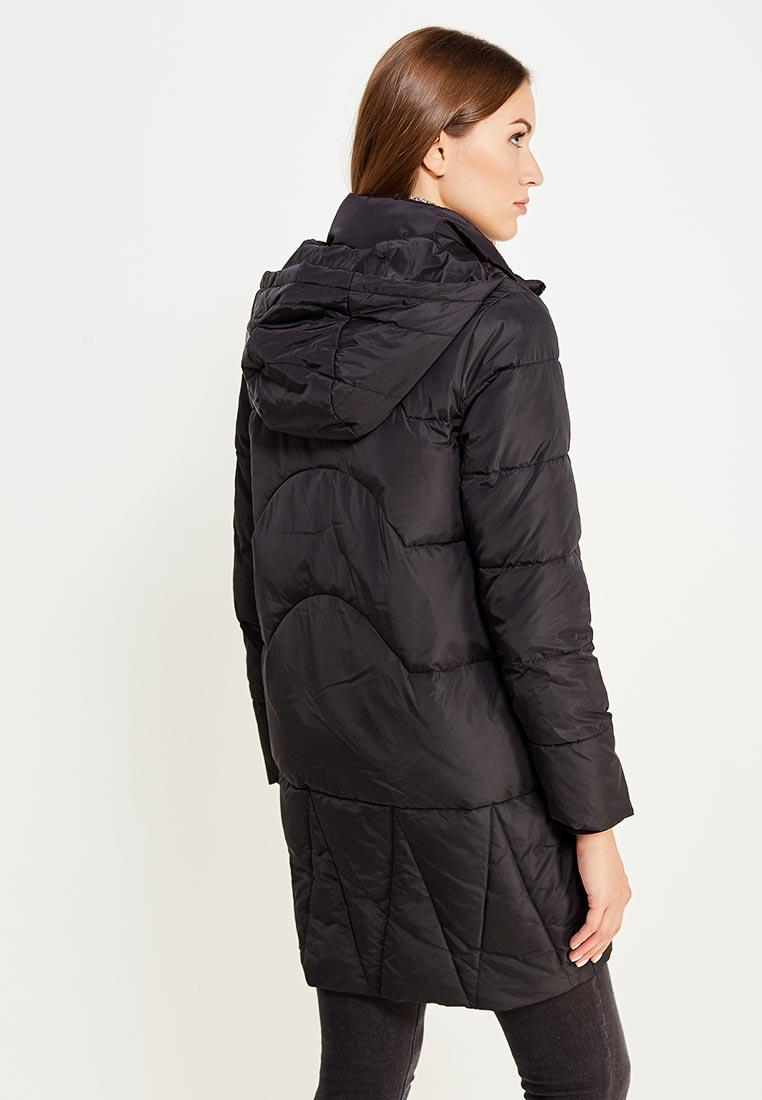 Стильное черное пальто RINASCIMENTO