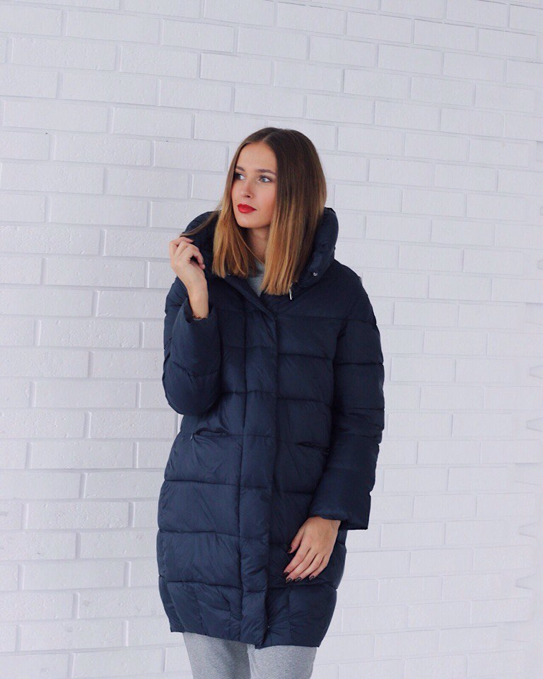 Синє стоьбане пальто італійського бренду Rinascimento